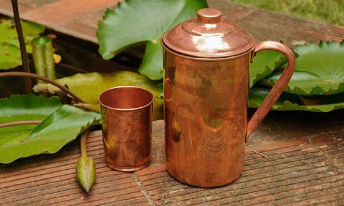 ताम्बे के पात्र से पानी पीने के है ये 9 फायेदे ( benefits of drinking water in a copper utensil )