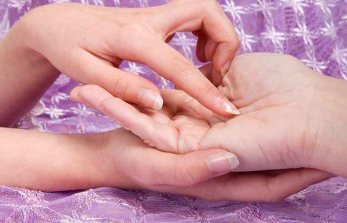 hands-01-1458871573