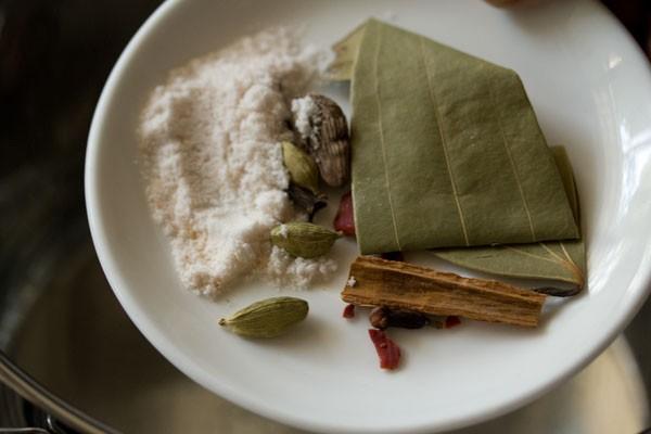 hyderabadi-vegetable-biryani-recipe04