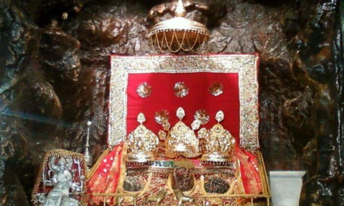 माँ वैष्णो धाम  से जुडी कुछ कथाए ( pilgrimage to maa vaishno dham in religion )