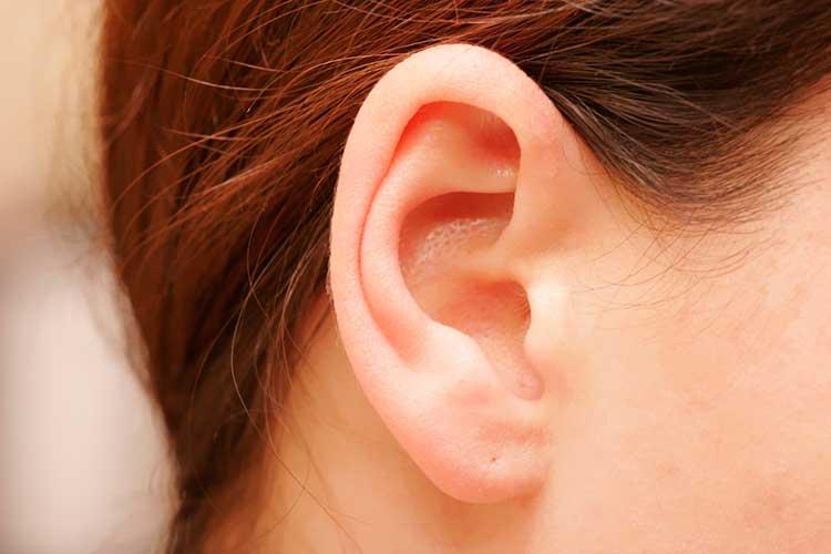 कान  चपटे
