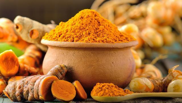 कैंसर रोग के जिवाणुओ को भी ख़त्म कर सकता है हल्दी का सेवन ( turmeric benefits )
