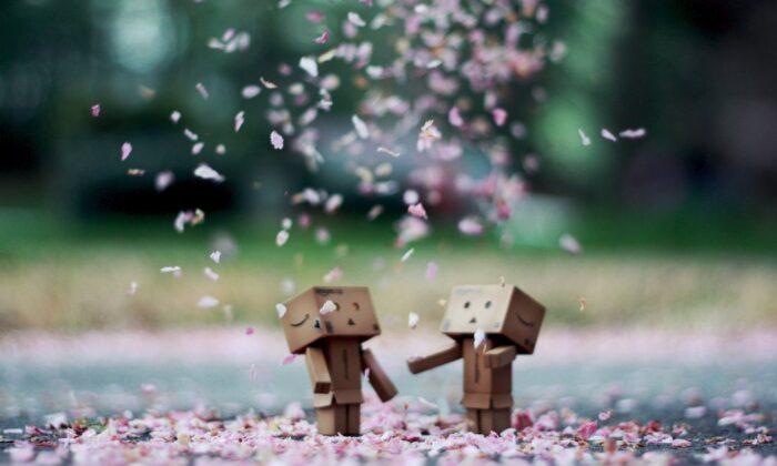 लव लाइफ में प्यार भरने के कारगार उपाय ( love life love effective way to fill in lifestyle )