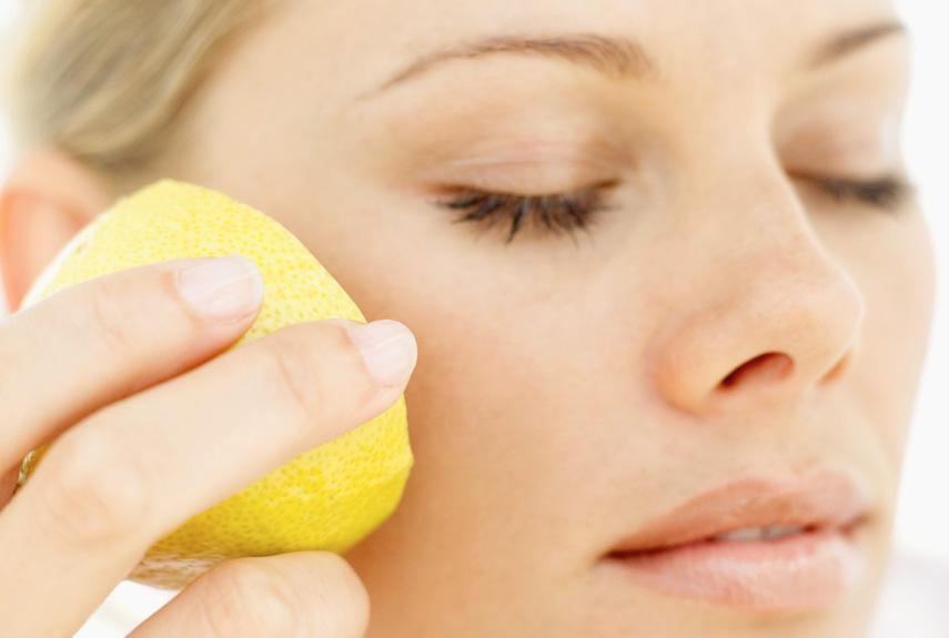 55000a2985d71-beauty-uses-lemon-xln