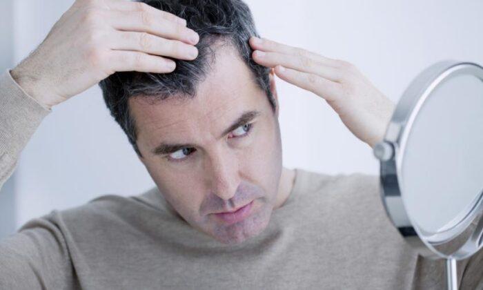 सफेद बालो की समस्या से है परेशान !तो करे ये उपाय ( white hair is a problem disturb )