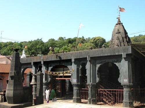 इस ज्योतिर्लिंग के  स्थापना के पीछे कुंभकर्ण के पुत्र की है एक कथा ( the son of the legend of kumbhakaran )