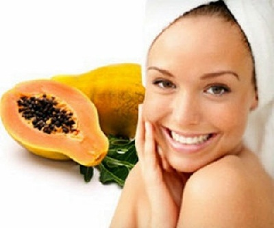 facial-skin-care-with-papaya-mask
