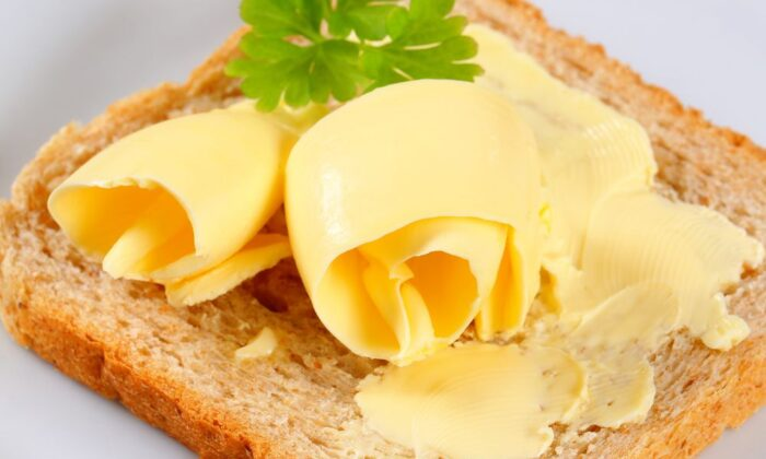मक्खन खाने के है ये फायदे ( amazing benefits of butter )