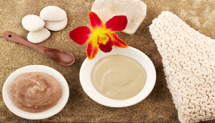 घरेलु स्क्रब देगी प्राकृतिक चमकती त्वचा ( homemade natural scrub )