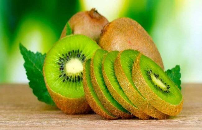 कीवी के इन फायदो से होगे अनजान आप ( advantages of kivi fruit )