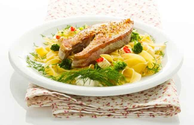 यदि आपको नॉनवेज खाना चलता है तो मछली ज़रूर खानी चाहिए ( advantages of fish eating )