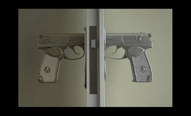 bang-bang-door-knob