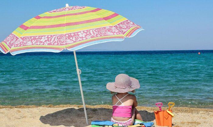 सूरज की हानिकारक अल्ट्रावायलेट किरणों से बचने के लिए लगाना जरूरी है बढियाँ क्रीम ( care your skin in altravoilet rays )