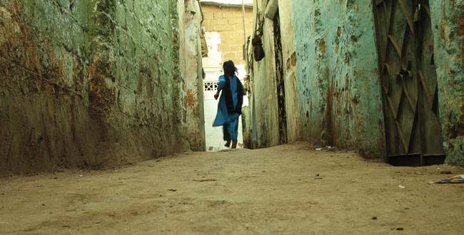 17 साल की इस मासूम ने गरीबी के चलते वो कर दिखाया,जो हर कोई नही कर पाता ( 17 year old innocent showed that due to poverty which does not everyone )