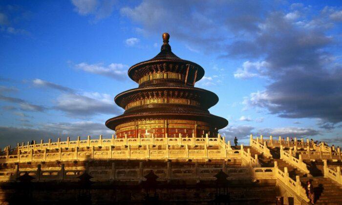 क्या अद्भुत है ! इन भव्य मन्दिरों की कला नक्काशी ( what is amazing these magnificent temples of art )