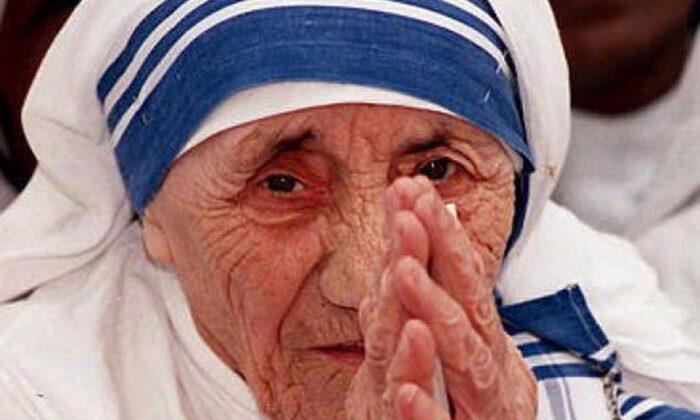 """मदर टेरेसा""…. की ये बाते आपको चौका कर रख देंगी ! ( do you know about mother teresa )"