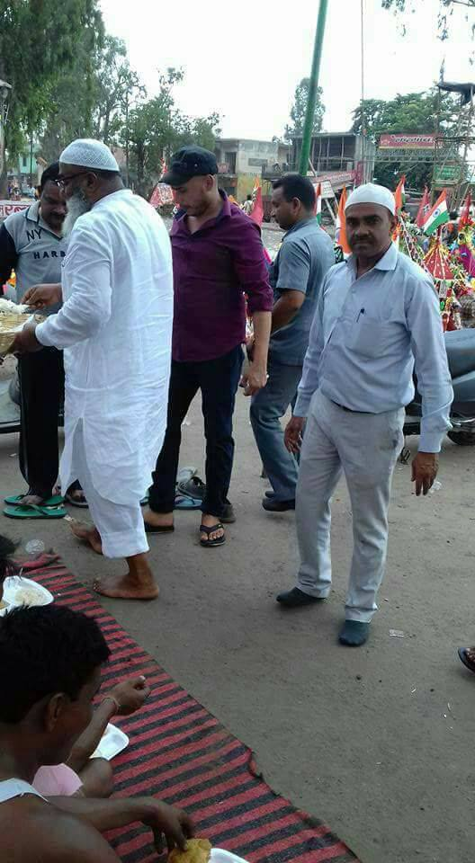 Kawad Yatra camp for Shiva devotees by Muslim community shamili up