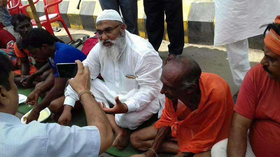Kawad Yatra camp for Shiva devotees by Muslim community up