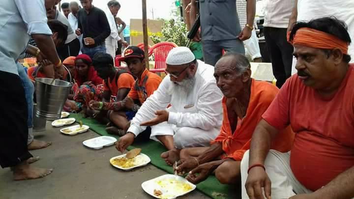 Muslim community Saifee Hindustani Seva Society kawad camp