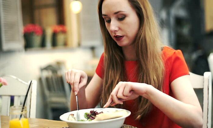 भोजन के तुरंत बाद कभी न करे ये काम, वरना हो सकते है गंभीर रोग ( avoid these things after meal )