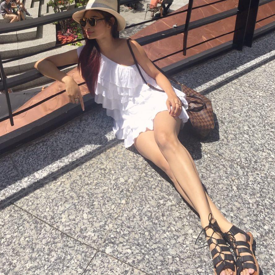 hot tv star mouni roy instagram photos