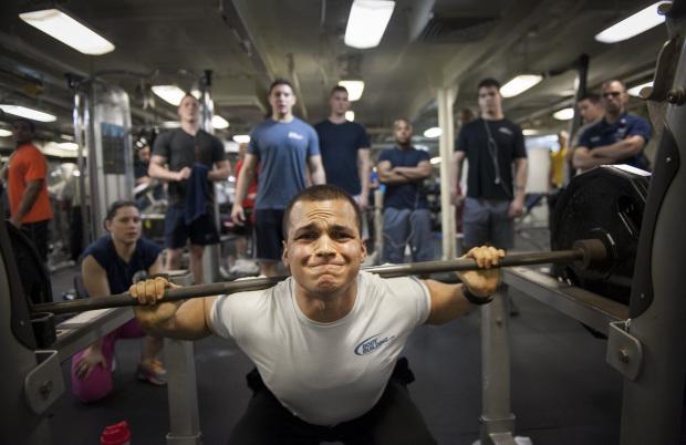 क्या आप अपनी बॉडी की शेप या वजन घटाने के लिए कर रहे है ओवर-ट्रेनिंग ? तो हो जाइए सावधान! ( are you doing to make your body shape or lose weight be careful over training )
