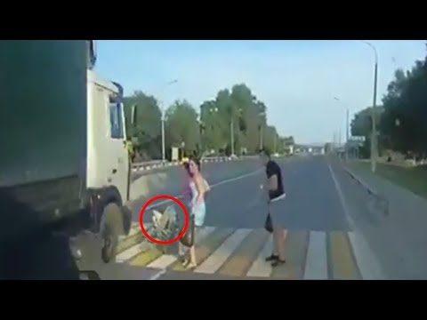 एक जरा सी लापरवाही से कैसे घट सकती है दुर्घटनाए,वीडियो में देखे ( accident youtube viral videos )