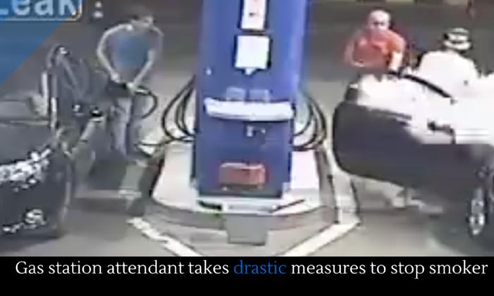 वीडियो: गैस स्टेशन पर युवक को सिगरेट पीना पड़ा भारी, स्टेशन कर्मचारी ने दी ऐसी सजा ( viral video guy smoking on gas station )