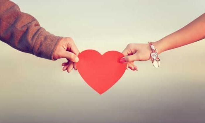 वैलेंटाइन डे पर बजरंग दल ने प्यार के पनाहगारों पर उतारी सारी कसर, वीडियो हुआ वायरल ( bajrang dal viral video 14 valentines day )