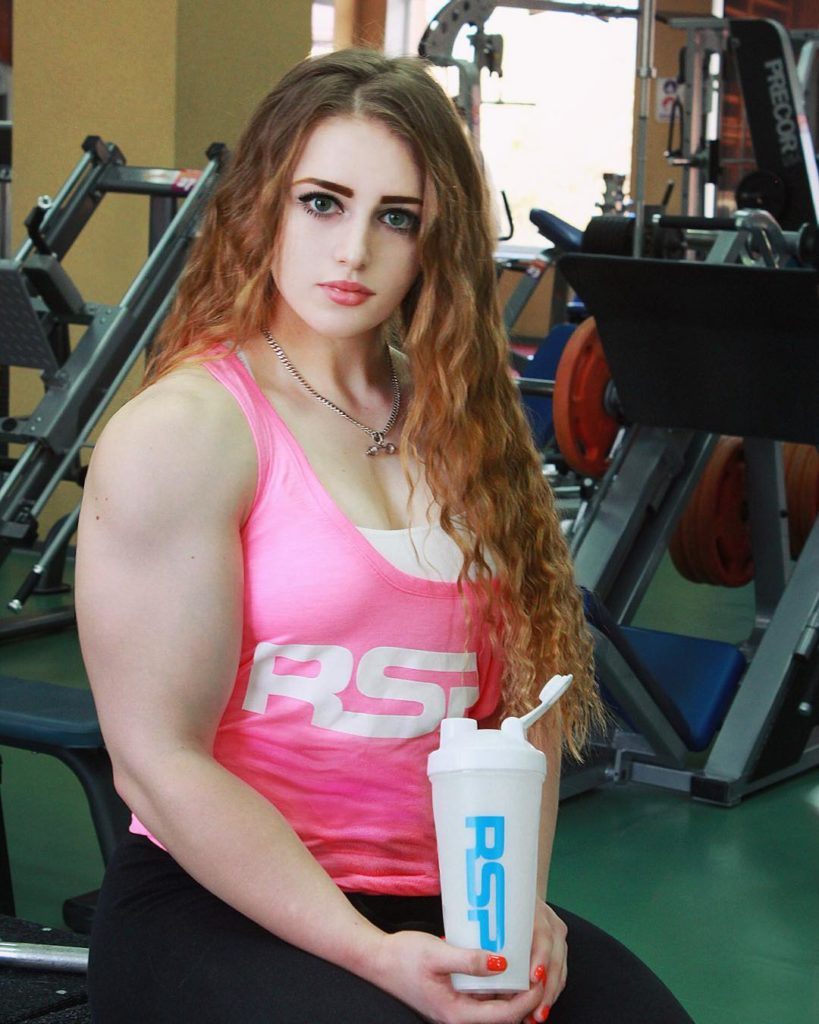julia vins female bodybuilder