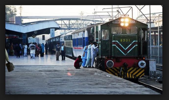 भारत का एकमात्र रेलवे स्टेशन, जहाँ प्रवेश के लिए लगता है 'वीजा' ( indias only railway station where entry seems to be visa )